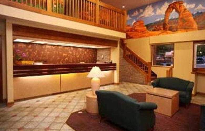 Ramada Downtown Moab - Room - 2