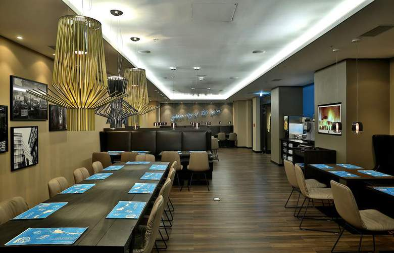 Motel One Prague - Restaurant - 0