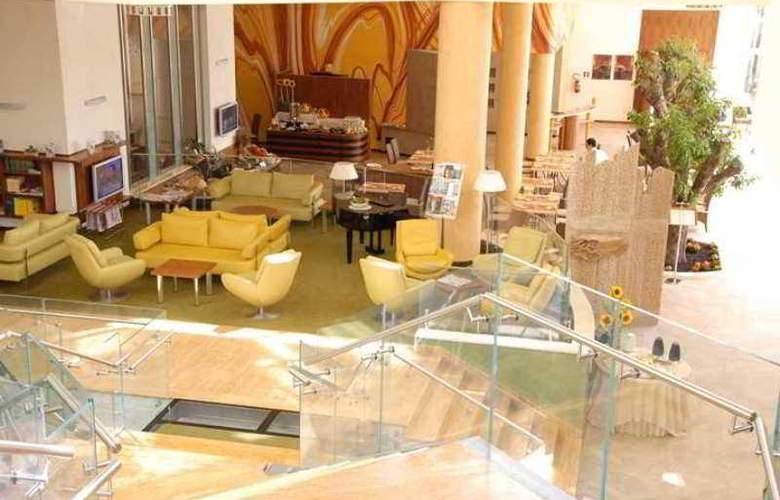 Hilton Garden Inn Matera Italy - Hotel - 1