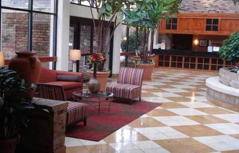 DoubleTree by Hilton Hotel Oak Ridge Knoxville - Hotel - 0