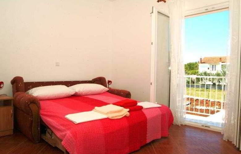 Villa Darrer - Room - 4
