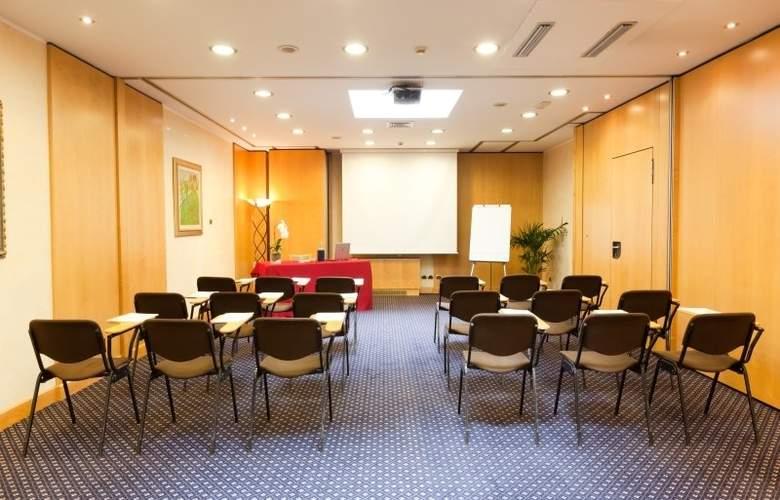 ADI Hotel Poliziano Fiera - Conference - 9