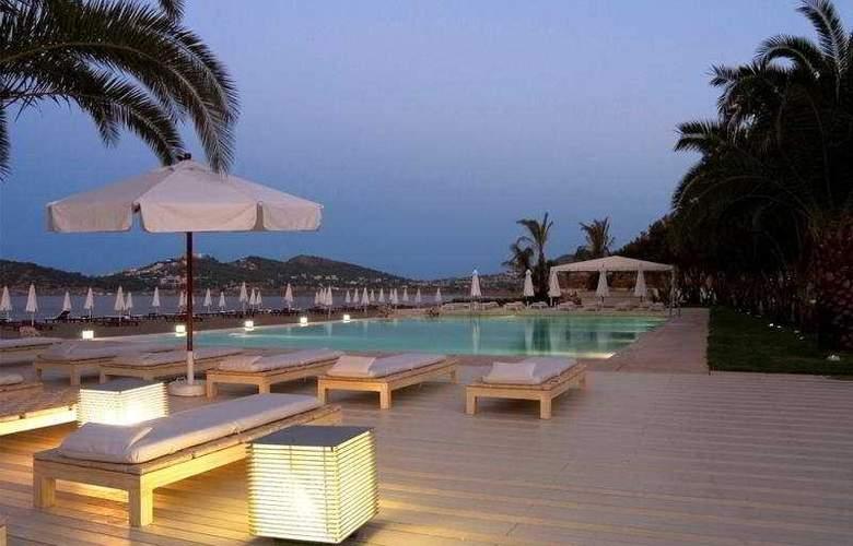 Plaza Resort - Pool - 5