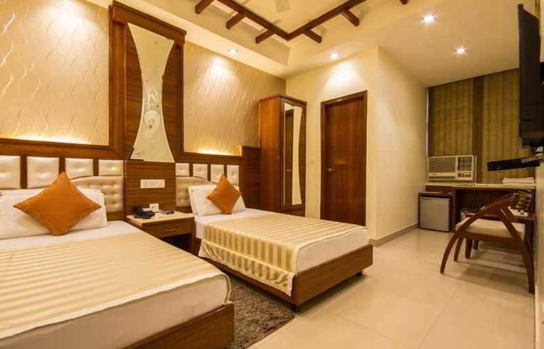 Aster Inn - Room - 11