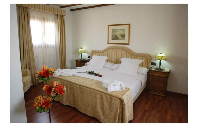 Bodega Real - Room - 3