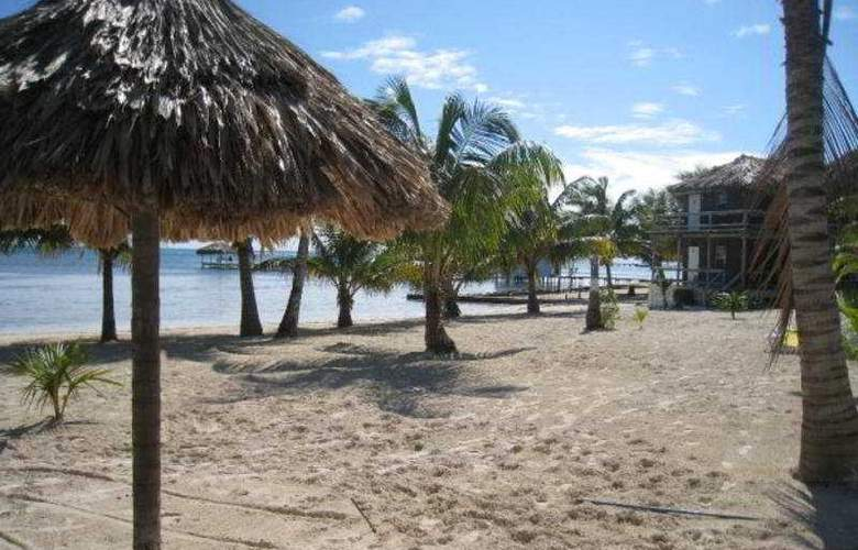 Exotic Caye Beach Resort - Beach - 10