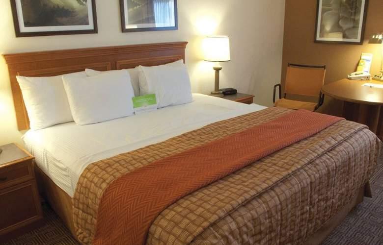 La Quinta Inn & Suites Orlando South - Room - 6