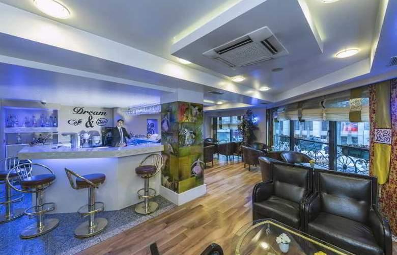 Zagreb - Bar - 6