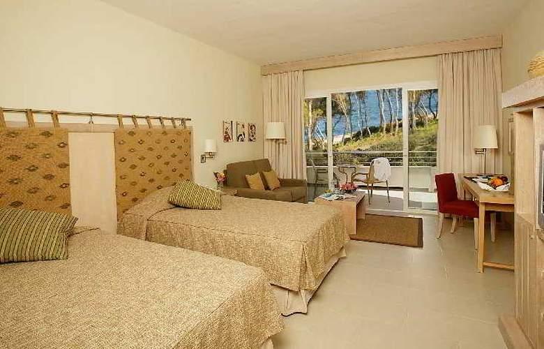 Blau Privilege Porto Petro Beach Resort & Spa - Room - 2