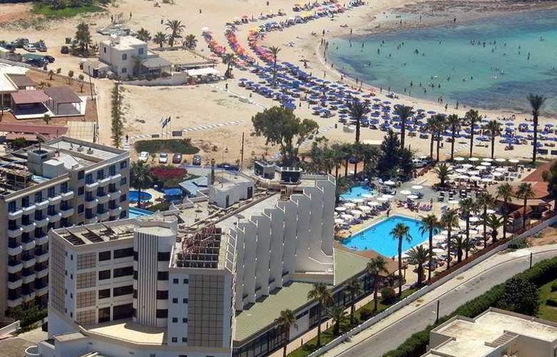 Pavlo Napa Beach - Hotel - 0