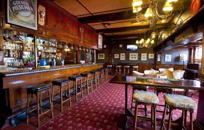 Troutbeck Resort - Bar - 30