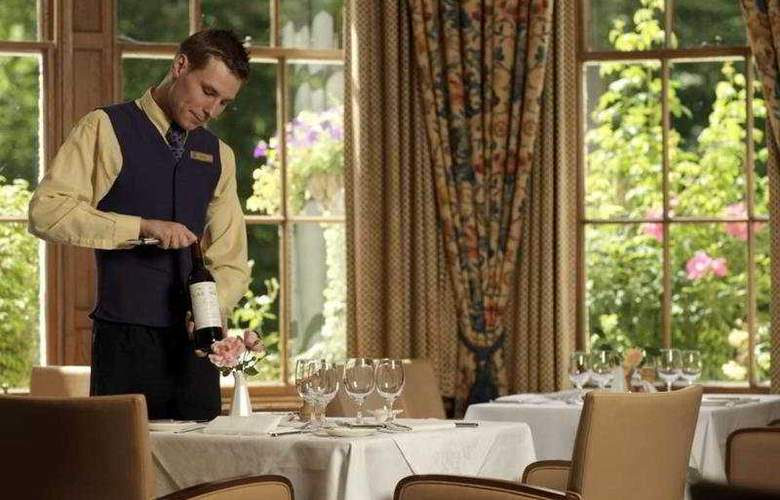 Hilton Dunkeld House Hotel and Country Club - Restaurant - 5