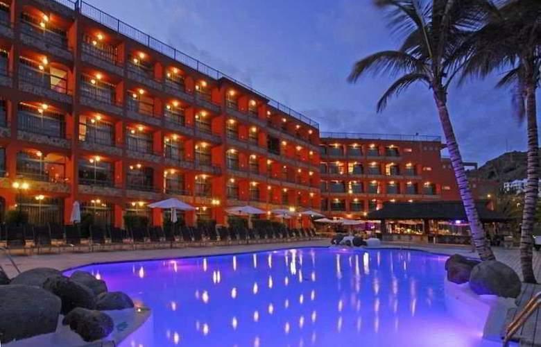 Riviera Marina - Pool - 8
