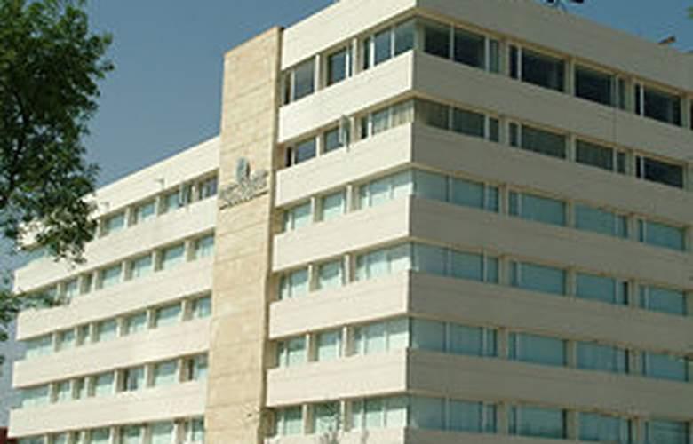 Posada Guadalajara - Hotel - 0