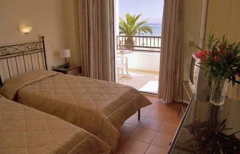 San Marina - Room - 5