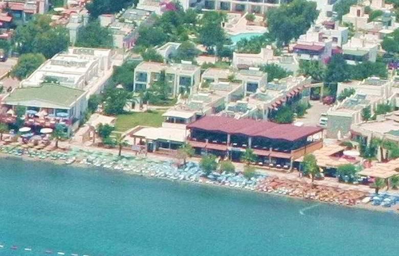 Summer Sun Beach Hotel - Hotel - 0