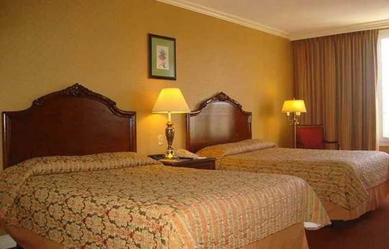 Hilton Princess San Salvador - Hotel - 1