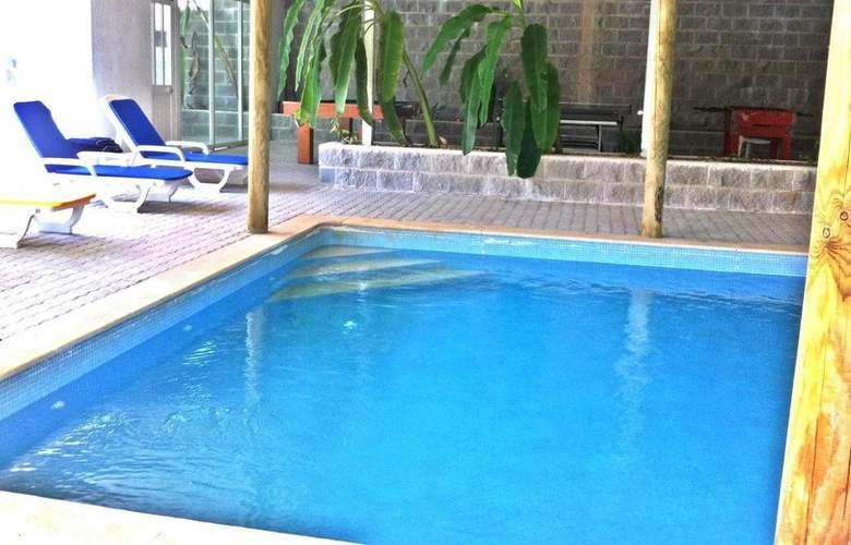 AH Villas - Pool - 2