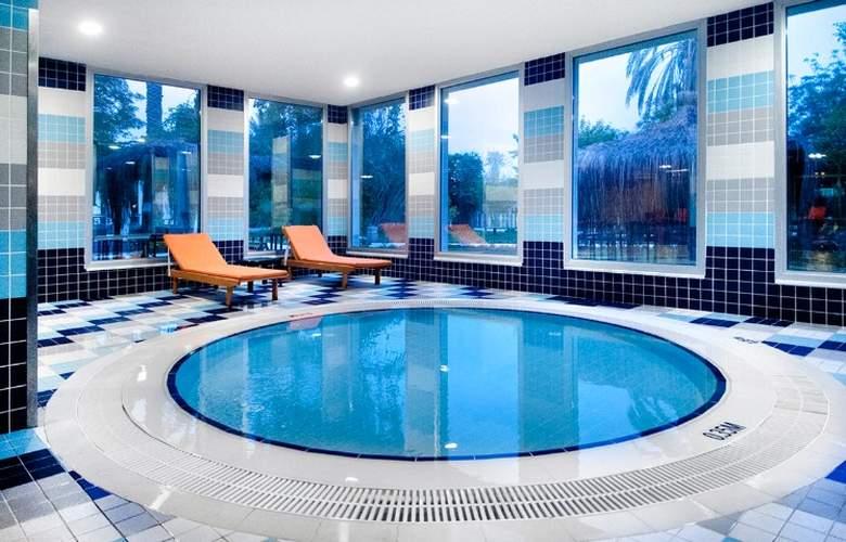 Belconti Resort - Pool - 67
