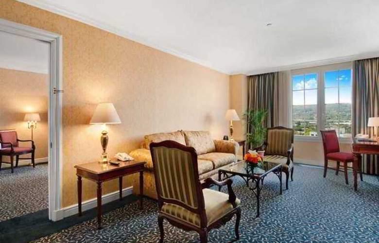 Hilton Princess San Salvador - Hotel - 7