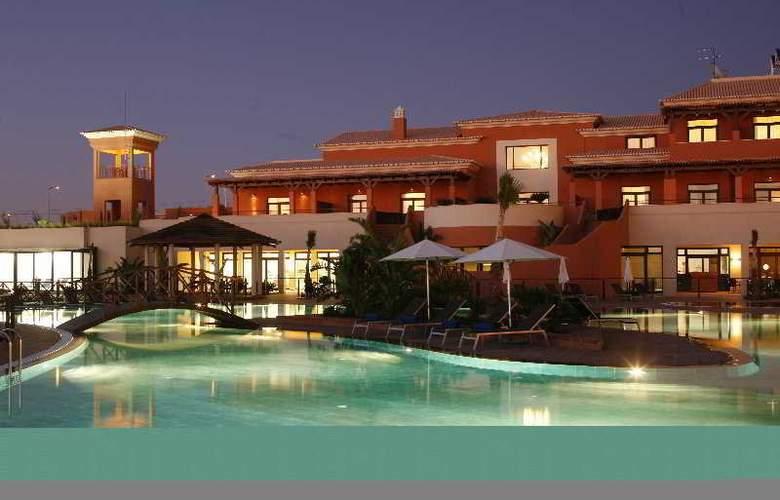 Monte Santo Resort - Pool - 9