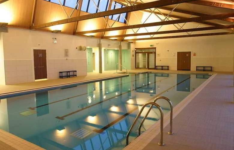 Crerar Isle Of Mull Hotel & Spa - Pool - 4