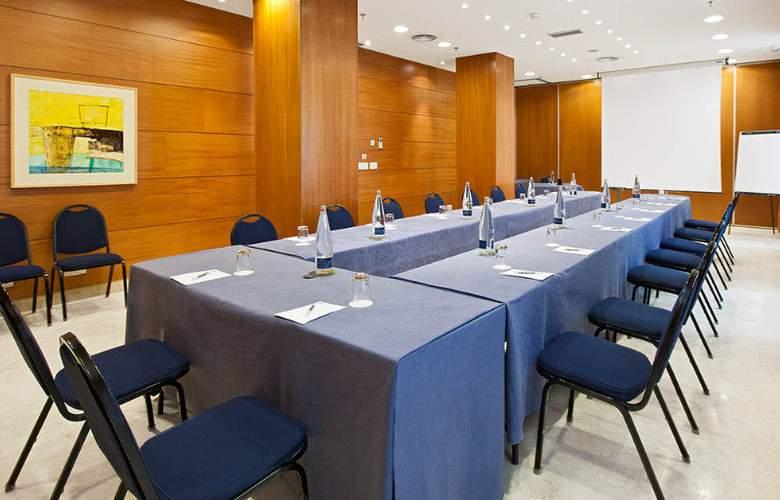 NH Valencia Las Artes - Conference - 12