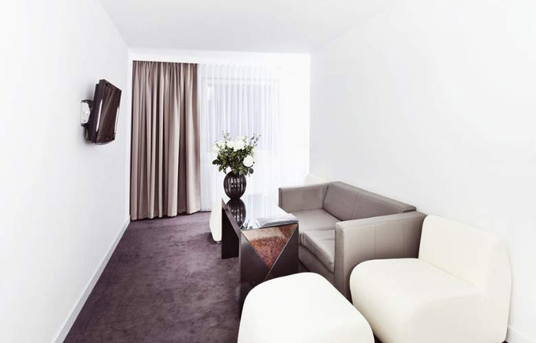 Platinum Palace Serviced Apartments Poznan - Room - 8