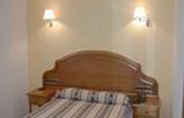 San Jorge - Room - 2