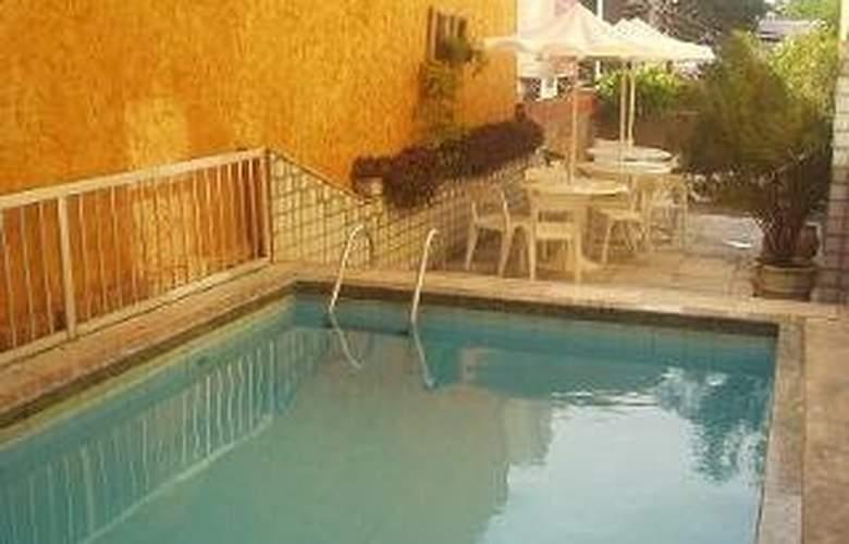 Raio de Sol Praia - Pool - 2