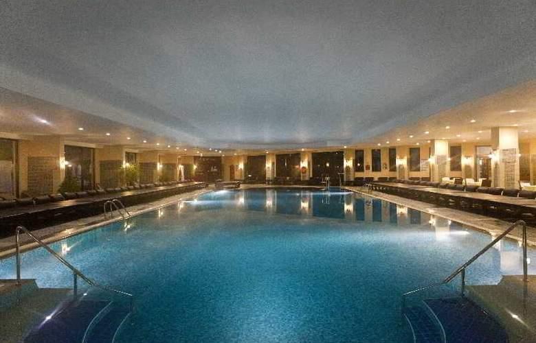 Delphin Palace - Pool - 22