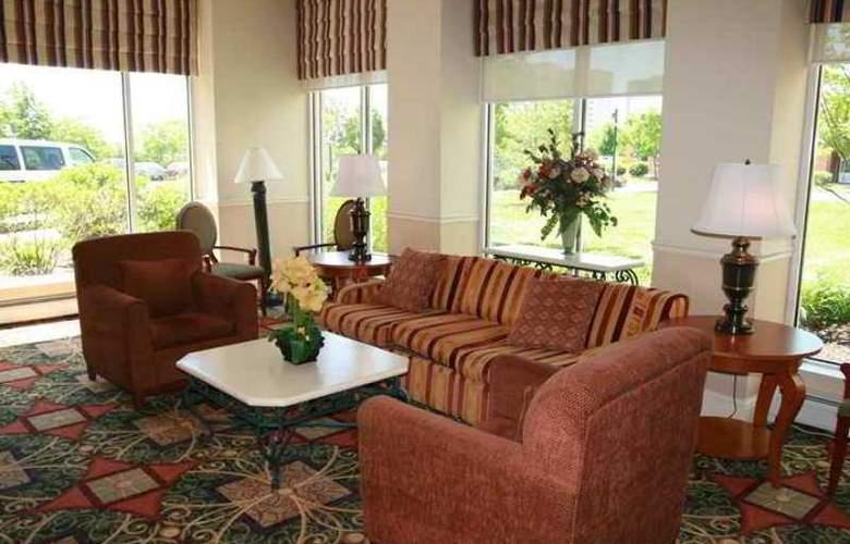 Hilton Garden Inn Edison/Raritan Center - Hotel - 2