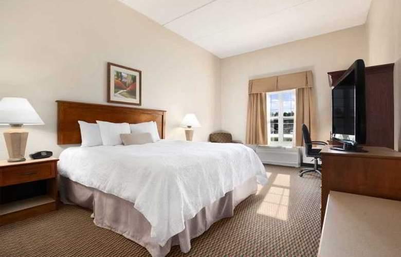 Hampton Inn & Suites Providence Warwick-Airport - Room - 8