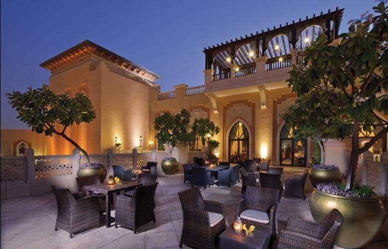 Shangri-la Hotel Qaryat Al Beri Abu Dhabi - Terrace - 7
