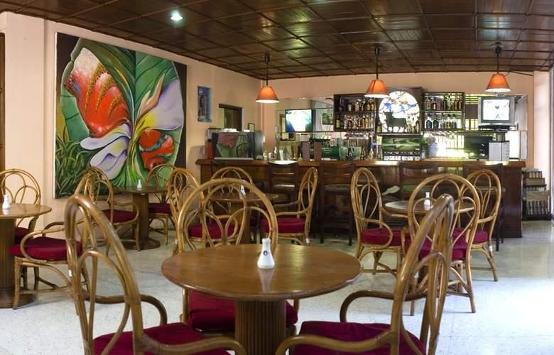 Cubanacan Mariposa - Restaurant - 3