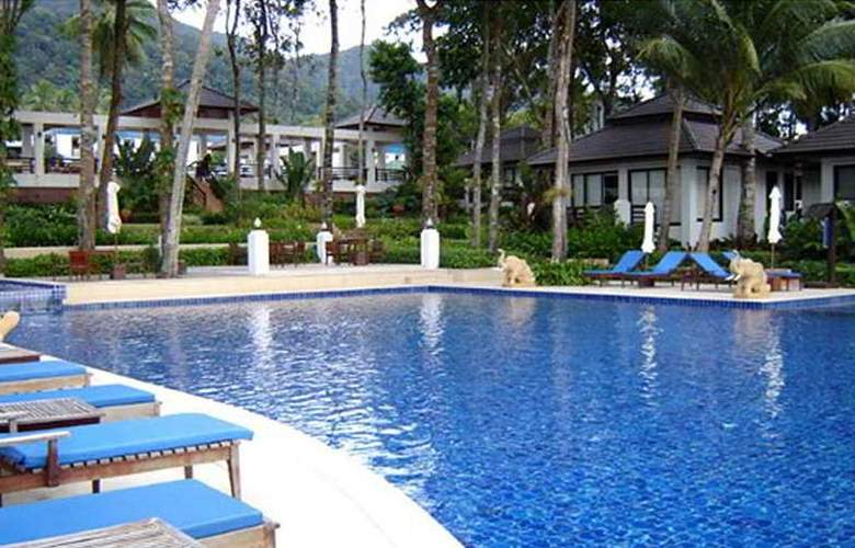 Chang Buri Resort and Spa - Pool - 6