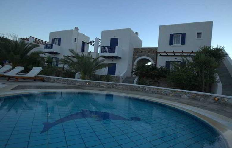 Yallos Beach - Pool - 5