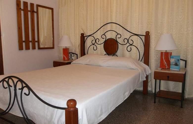 Casa Isabel Varadero - Room - 1