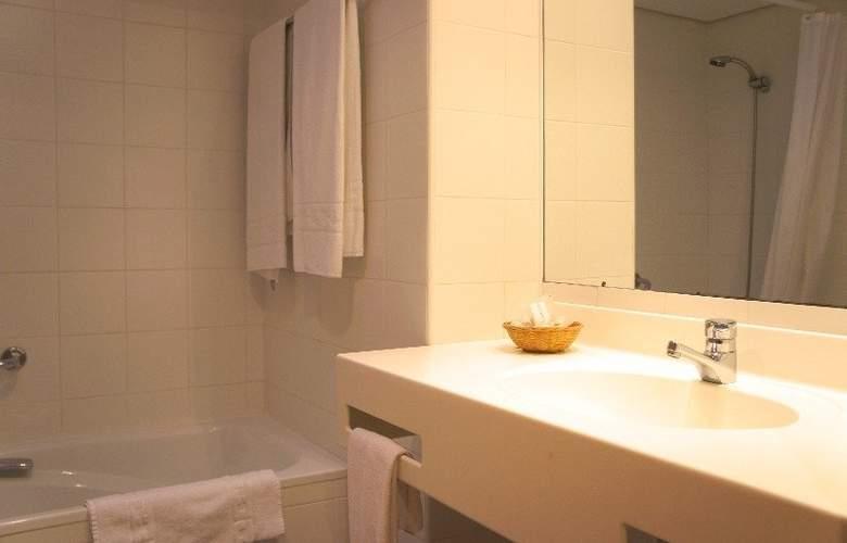 Hotel y Apartamentos (3LL) Lodomar Spa & Talasoterapia - Room - 13
