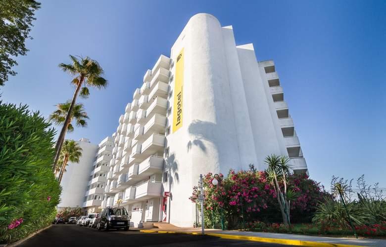 Eix Lagotel Hotel y apartamentos - Hotel - 8