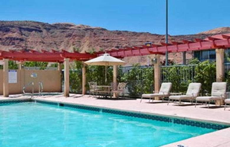 Ramada Downtown Moab - Pool - 3