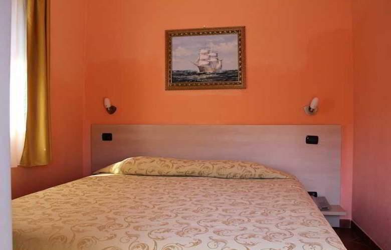 Lizard Hotel - Room - 13