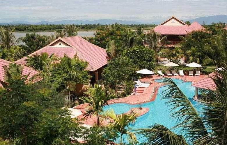 Vinh Hung Riverside Resort - Pool - 5