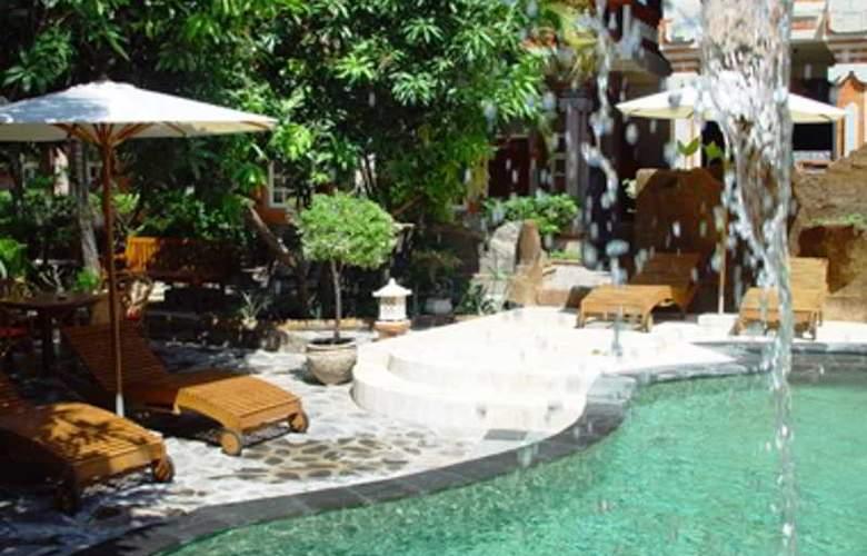 Chonos - Pool - 3