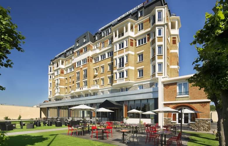 Executive Hotel - Hotel - 0