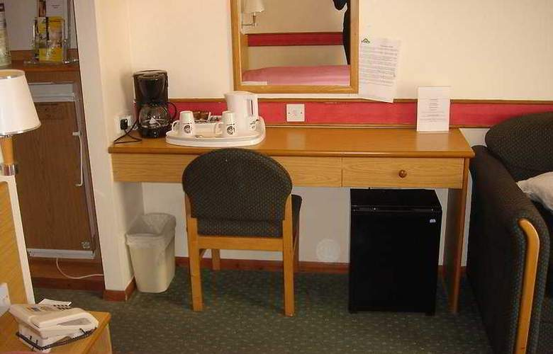 Days Inn Oxford - Room - 4