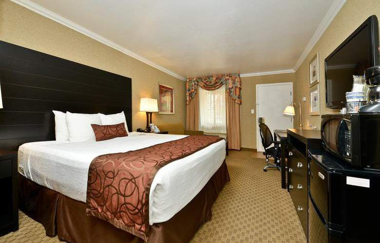 Best Western Plus Inn Suites Yuma Mall - Room - 87