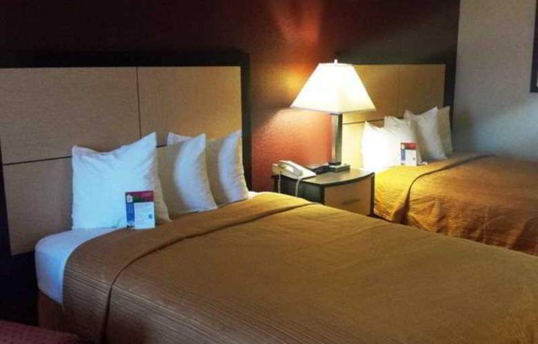 Red Roof Inn and Suites Addison - Room - 3