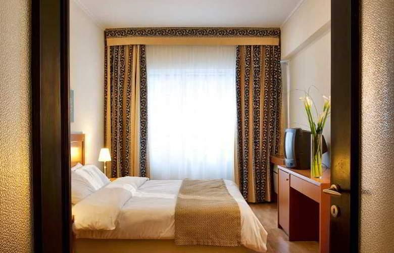 Achilleas Hotel - Room - 4