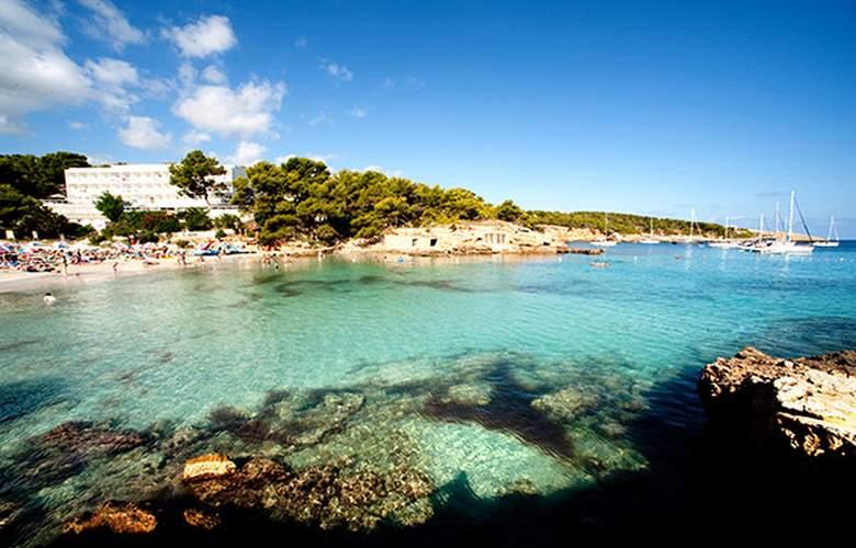 Grupotel Ibiza Beach Resort - Pool - 3